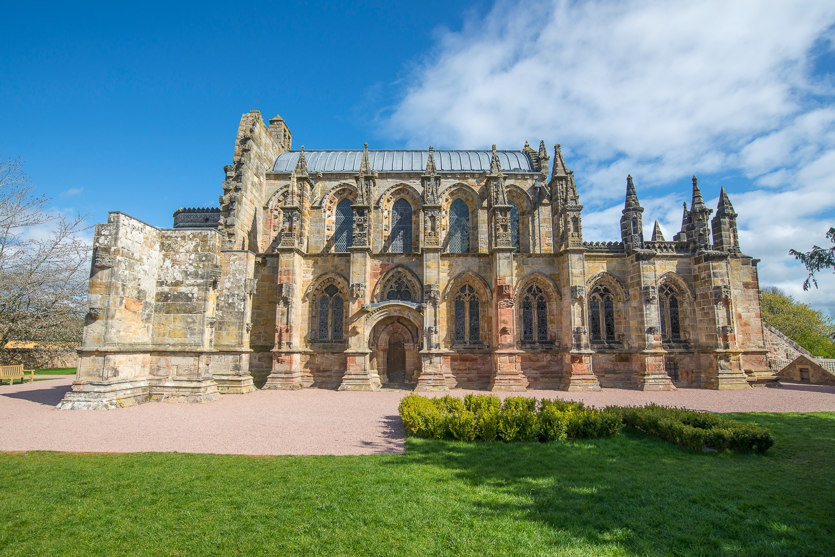 Rosslyn Chapel & Hadrians Wall Day Tour